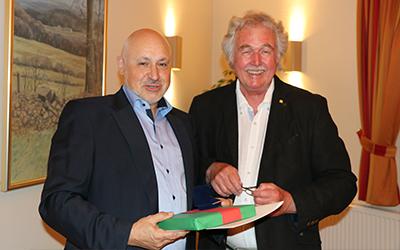 Silberne Ehrennadel für Ralph Minor